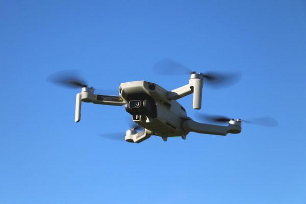 drone-4937709_640