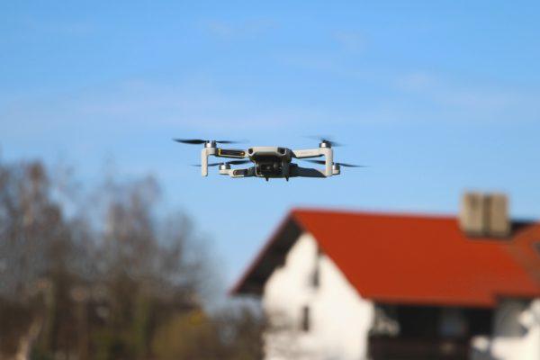 drone-4937717_1920